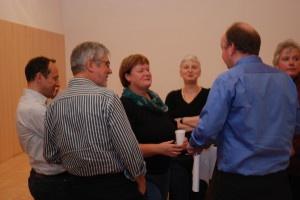 Monika Schmid, Ute von Apeldoorn und Markus Heil gehören zum Kernteam der Pfarrei-Initiative.  Foto: Wolf Südbeck-Baur